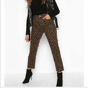 Leopard print jeans size US 6